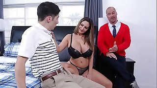 Nomable FAMILY - Stepmom Ava Addams Nails Away Connor Kennedy's Virginity