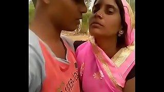 Bhabhi smooch video