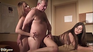 Sexy secretary joins in gonzo threesome with her boss and gets deep pussy fuck